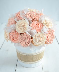 DIY Cupcake Bouquet by Stagetecture