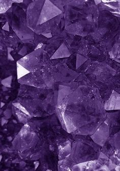 Amethyst Gems And Minerals, Crystals Minerals, Crystals And Gemstones, Stones And Crystals, Images Wallpaper, Cute Wallpapers, Wallpaper Backgrounds, Retina Wallpaper, Violet Aesthetic