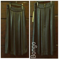 *PRICE FIRM* Bongo black w/gold glitter skirt New with tags / pleated BONGO Skirts Circle & Skater