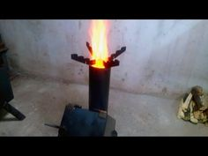 販售版高效率火箭爐30秒快速生火演示 / New Rocket Stove - YouTube