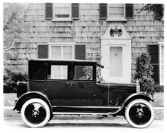 1924-Dort-3-Door-Coupe-Factory-Photo-ad8989-E9LCE6