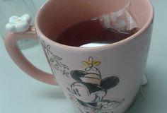 Tempo de preparação:3 Minutos Tempo de cozimento:5 Minutos Você vai precisar: 300 ML de de água 1 Colher (es) de chá de de cravos 1 pau de canela 1 Pitada (s) de de gengibre em pó 1 Sachê (s) de chá de hibisco 2 Colher (es) de chá de de adoçante em pó Como fazer: …