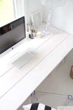 Super minimal workspace.
