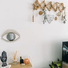 Natalie Williams (@natalie.a.williams) • Instagram photos and videos Natalie Williams, Photo And Video, Videos, Photos, Instagram, Home Decor, Style, Swag, Decoration Home
