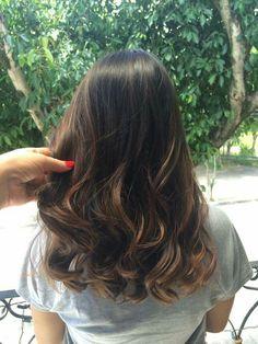 How to keep bleaching hair for a longer period of time? – Page 35 – Hairstyl… - Accessoires pour cheveux Ombre Hair, Balayage Hair, Medium Hair Styles, Curly Hair Styles, Bleached Hair, Hair Highlights, Gorgeous Hair, Dark Hair, Hair Looks