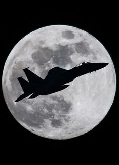 """eyestothe-skies: Eagle and the Moon """" Jet Fighter Pilot, Air Fighter, Fighter Jets, Military Jets, Military Aircraft, Drones, Photo Avion, Where Eagles Dare, Jet Plane"""