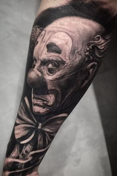 80 Tatuagens realistas para você se inspirar | TopTatuagens Body Art Tattoos, Cool Tattoos, Tatoos, Neo Tattoo, Tattoo Man, Gangsta Tattoos, Clown Tattoo, Octopus Tattoos, Black And Grey Tattoos