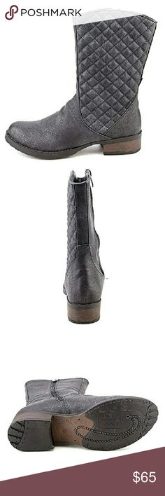 Luichiny March N On Black Riding Boots 5 M Luichiny March N On Black Riding Boots Size 5 M  Manufacturer: Luichiny Size: 5 Medium (B,M) Manufacturer Color: Black Retail: $85.00 Condition:?New with box Style Type: Riding, Equestrian Heel Height (Inches): 1 1/2  Platform Height (Inches):?1/2 Shaft Height (Inches):?9 1/2  Shaft Width (Inches): 12  Closure: Side Zipper Material: Man Made Fabric Type: Faux Leather Specialty: Quilted Luichiny Shoes