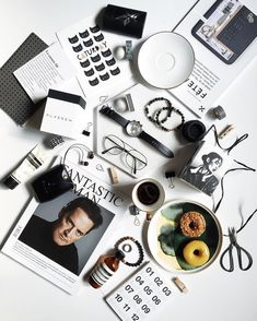 Flatlays and minimal vibes. For more flatlay inspiration check out my board at @jennhanft