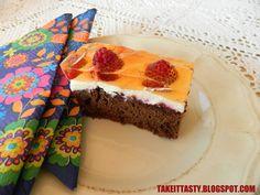 Ciasto kakaowo-orzechowe z malinami :)