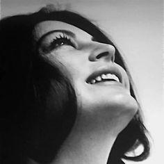 Net Image: Ava Gardner: Photo ID: . Picture of Ava Gardner - Latest Ava Gardner Photo. Hollywood Glamour, Classic Hollywood, Old Hollywood, Hollywood Actresses, Beautiful Celebrities, Most Beautiful Women, Beautiful Actresses, Beautiful People, Jean Harlow