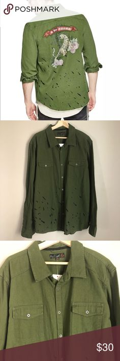 """G by Guess Tiger Shirt Nice Shirt with a cool print color military green size XXL 100% cotton  Measures laying flat  Shoulder to shoulder 21.5""""  Armpit to armpit 25.5""""  Armpit to end sleeve 21""""  Length 34""""   Thanks for support my small business  Feel free to check out my other items G by Guess Shirts Casual Button Down Shirts"""