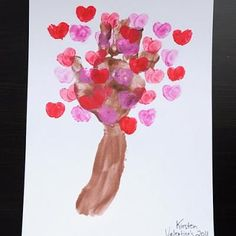 Love Blossom Tree {Valentines School Crafts} Mom and Dad will love receiving this keepsake valentine from their littlest love bug. This blooming heart tree is a… Valentine's Day Crafts For Kids, Valentine Crafts For Kids, Daycare Crafts, Valentines Day Activities, Baby Crafts, Holiday Crafts, Fun Crafts, Art For Kids, Homemade Valentines