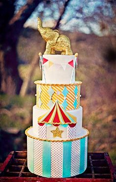 the most perfect circus cake in the world.