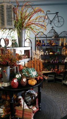 Fall Display - Sturgeon Bay Sturgeon Bay, Store Displays, Autumn Displays, Autumnal, Create, Fall, Painting, Windows, Autumn