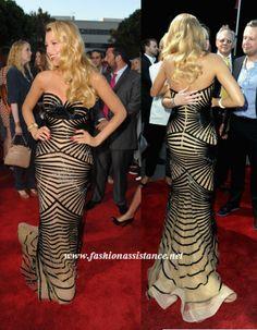 http://www.fashionassistance.net/2012/06/blake-lively-como-una-diva-de-los-anos.htmlFashion Assistance: Blake Lively, como una diva de los años dorados de Hollywood, en el estreno de Savages