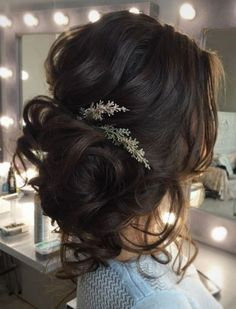 Tonya Pushkareva Long Wedding Hairstyle for Bridal via tonyastylist / http://www.himisspuff.com/long-wedding-hairstyle-ideas-from-tonya-pushkareva/27/