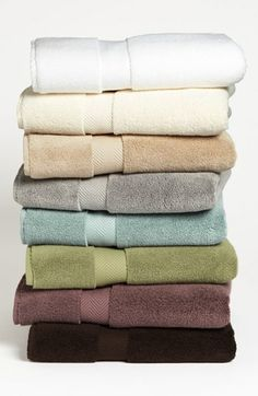 Nordstrom at Home Hydrocotton Bath Towels.love to find these at a cheaper price :-) Best Bath Towels, Bath Towel Sets, Bathroom Towels, Master Bathroom, Blue Towels, White Towels, Towel Display, Nordstrom Anniversary Sale, Bath Decor
