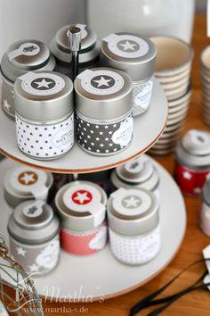 Kuscheliger Tee und süßer Kandiszucker von #Tafelgut, #Teedose, #Sterne, #Kandis, #marthas, www.martha-s.de