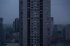 Many of the city's population, about 3,250,000 at the 2008 census, live in high-rise blocks of flats. Most of the streets are laid out in a north-south, east-west grid structure, giving them a uniform appeaarnce
