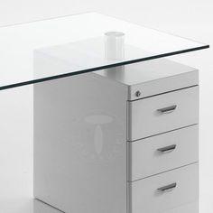 art. 1875 - #scrivania mod. BOW con top in #vetro curvato e #cassettiera strutturale fissa con 3 cassetti ad estrazione totale.