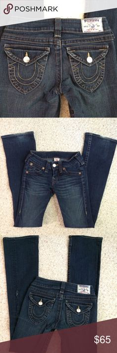 """Price⤵️✨True ReligionJeans Dark straight leg jeans with the fantastic back pockets with flap and button there is a small whole on seam just below knee area the inseam is just past 32"""" and the whole is 20"""" down. Plus some fraying at the back bottom of each pant leg...Still Great looking jeans!!!! Rise is 7"""" and the waist measures 14"""" 99% cotton and 1% spandex  bundle one more item and save 15% were $55 True Religion Jeans Straight Leg"""