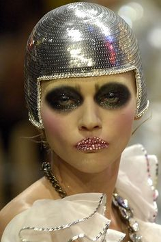 showstudio: Galliano makeup - Ruth Hogben reference image Warped Tron