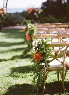 8 maneras creativas de decorar el pasillo de la ceremonia de boda. Foto-Michael & Anna Costa Photography ~ Michael Costa