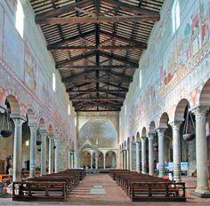 San Piero a Grado, interno e il ciborio in fondo