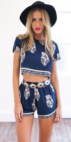 Fashion Floral Print Short Sleeve Tops + Shorts Two-piece Set