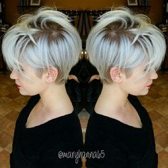 Wanna see the chosen images of Trending Pixie Haircut Ideas? We have gathered latest pixie style ideas for women who is not sure to go for a pixie! Short Hair Cuts, Short Hair Styles, Pixie Cuts, Short Pixie, Asymmetrical Pixie, Pixie Bob, Hair Dos, My Hair, Grey Wig