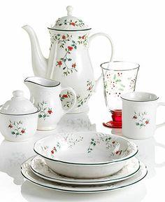 Pfaltzgraff Dinnerware, Winterberry Collection