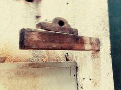 #mercadoloftstore #umseisum #porto #borralheira #fabrica #material #materials #texture #pieces #product #produção #wall #metal #working #pieces
