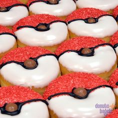 Most up-to-date Free of Charge Pokemon donuts – - Poke Ball . Most up-to-date Free of Charge Pokemon donuts – – Poke Ball Suggestions You Pokemon Themed Party, Pokemon Birthday Cake, Pokemon Cupcakes, Pokemon Party Decorations, Donut Decorations, Decoration Cupcakes, Bagels, Mini Donuts, Donuts Donuts