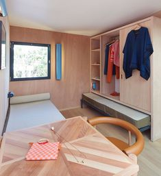 Charlotte Perriand La Maison au bord de leau Louis Vuitton at Design Miami 2013_dezeen_7