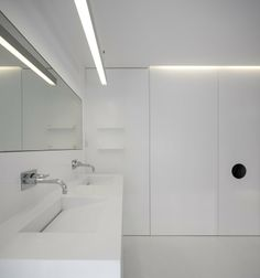 Unifamiliar House In Parede. - Parede 11 by humberto Conde #architecture #bathroom