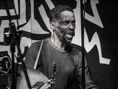Behance :: Editing Jazz Pictures & Stage Designs from Made in Chicago Jazz Fest. autor Robert Lemke. Performed Avreeayl Ra