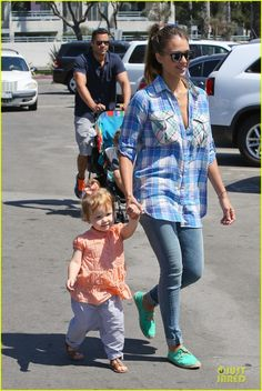 Jessica Alba takes her daughters Honor and Haven to a birthday party on September 14, 2013