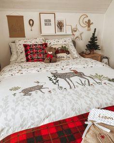 | Marion. Aventuremaisondeco (@aventuremaisondeco) • Photos et vidéos Instagram Decoration, Comforters, Cold, Blanket, Instagram, Photos, Comforter Set, Home, Fall Season