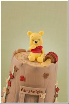 Great Adorable Winnie the Pooh Christening Cake