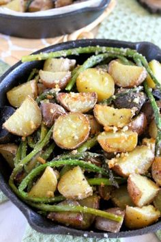 Parmesan crusted potatoes with asparagus is an easy vegetarian side dish. It makes a perfect accompaniment to any meat, poultry or fish. #potato #asparagus #parmesancheese #vegetarian #sidedish