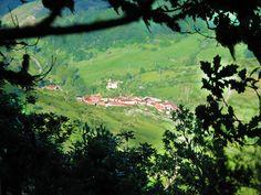 LEBANZA (San Salvador de Cantamuda).- Su origen parte de antiguo establecimiento monacal de La Abadía, conocida en los documentos históricos por los nombres de Lavancia, Labanza, Alabanza, remontándose al siglo X.