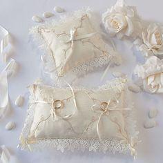 Sweet ring pillows
