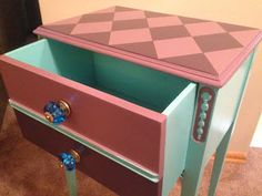 Sophisticated Junk Pile: Harlequin Top End Table -A How To-