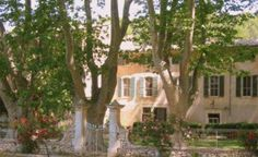 Mausanne les Alpilles | Holiday House | Provence/Cote d'Azur | Bouche du Rhone | South of France and the Riviera | Exclusive property in the heart of the Valley of the Baux. This 18th century property has spacious rooms and a shared swimming pool | Sleeps 6 | #holidayrentals #frenchmaison #holidayhouse #provence #bouchedurhone#southoffrance #riviera #holiday #pool #france