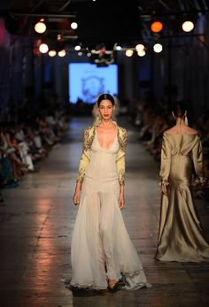 The Tuvanam Golden Bazaar Fashion Show - Fashion Designer Tuvana Buyukcinar Demir - Fashion Shows 2015 / Project Fellowship Fashion Shows 2015, Haute Couture Fashion, Bridesmaid Dresses, Wedding Dresses, Pure White, Beautiful Dresses, Runway, Bronze, Glamour