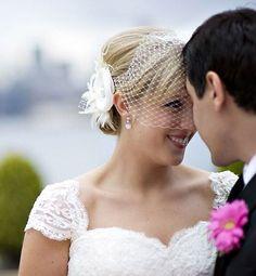 Bridal Flower Hair Fascinator, Birdcage Veil, Rustic Wedding, Feather Headpieces Set, RACHEL VANDA (2 items) by YJDesign on Etsy https://www.etsy.com/listing/59187702/bridal-flower-hair-fascinator-birdcage