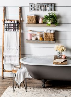 Dreamy Bathroom & Kitchen Remodel Ideas Is a Must in Summer Homes Cosy Interior. Best Scandinavian Home Design Ideas. The Best of home decoration in Living Room Small, Diy Home, Home Decor, Country Style Homes, Cool Ideas, Industrial House, Bathroom Inspiration, Bathroom Ideas, Interiores Design