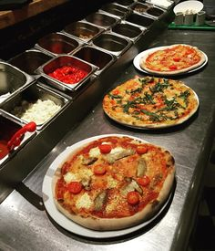5 Reasons Why We Love Pizza http://www.pizzascuola.co.uk/blog/5-reasons-why-we-love-pizza