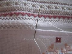 Вы получили 25+ новых Пинов. Hardanger Embroidery, Folk Embroidery, Types Of Embroidery, Hand Embroidery Stitches, Hand Embroidery Designs, Embroidery Techniques, Sewing Techniques, Cross Stitch Embroidery, Embroidery Patterns